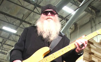 DUSTY HILL SIGNATURE MODEL